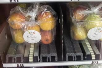 Blick in das Fach 31: Pinova Äpfel