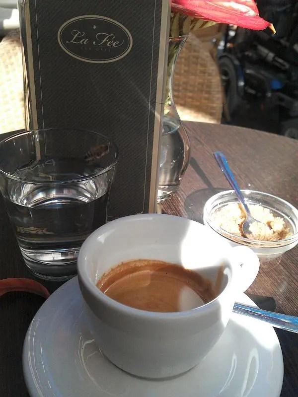 Cafe Fenster Zur Stadt N Ef Bf Bdrnberg