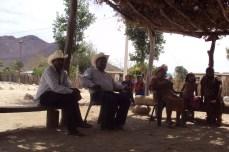 Reunión en Colonia Makurawe, San Bernardo.