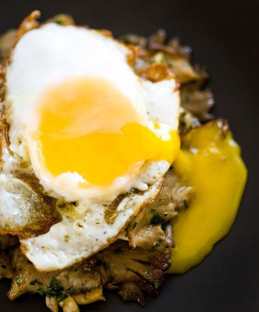 Roasted Mushrooms & Egg @ Minimally Invasive