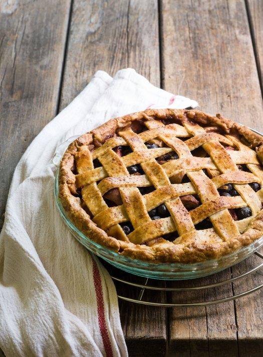 Gluten-Free Blueberry-Nectarine Pie | Minimally Invasive
