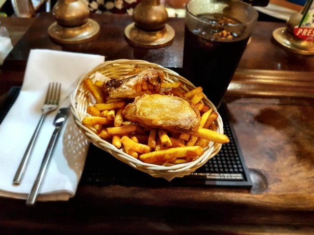 Bar snacks - Chicken and chips