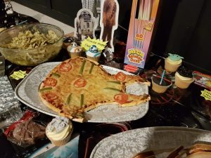 Star Wars Millenium Falcon pizza