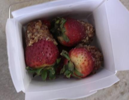 Peanut butter Valentine's strawberries