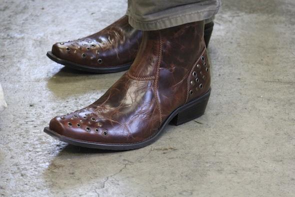 web jb caregiver wearing boots wanda trotta donation for jamie IMG_2335