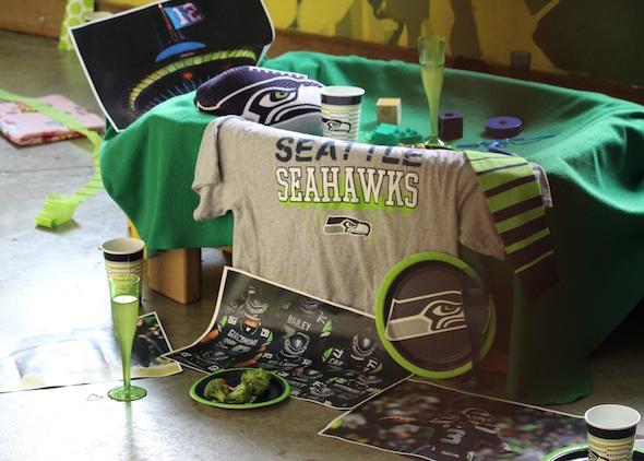 web_seahawks_party_setup_pr_dm_IMG_2134