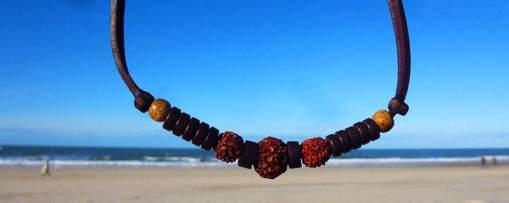 Lederkette Rudraksha Energie Halskette