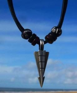 Lederkette Tribalkette Metallanhänger Halskette