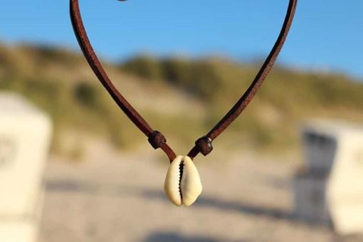 Muschel Lederkette Kaurikette Halskette