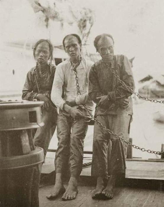Chinese pirates