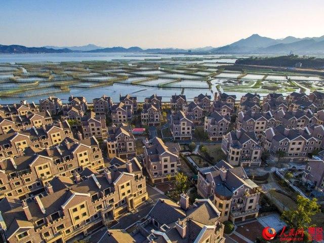 Ningbo-coastal-fishing-village