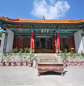 Fengqing-Stone-Cave-Temple-001
