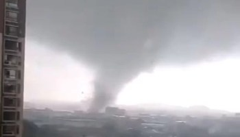Typhoon-Mangkhut-videos