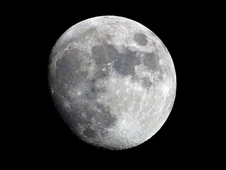 china's fake moon