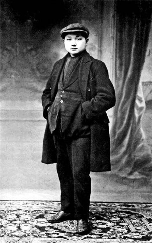 deng-xiaoping-student-in-france