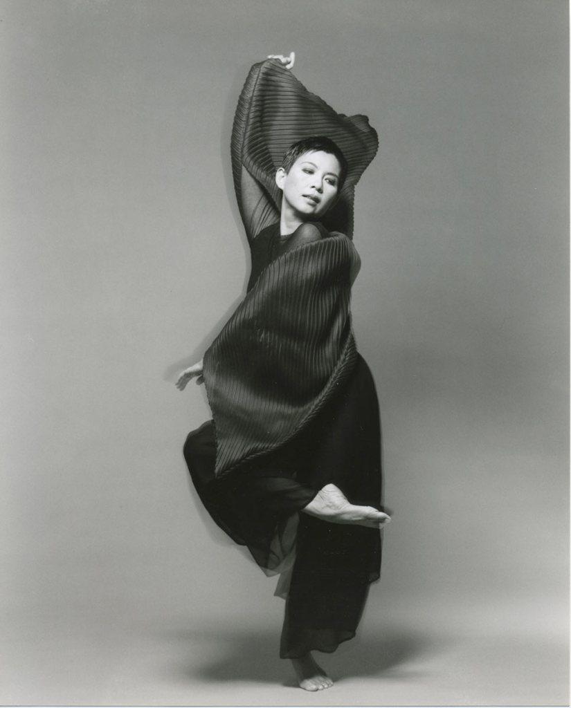 Muna Tseng_Portrait1_1995_Steve_Sigoloff