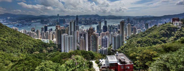 Uitzicht Hong Kong Island (voorgrond) en Kowloon, vanaf Victoria Peak