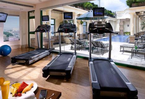 Fitnessruimte + zwembad Hotel L01 - Kowloon, Hong Kong, S.A.R. China