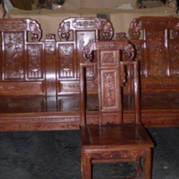巴拿马海关扣查中国木家具货柜