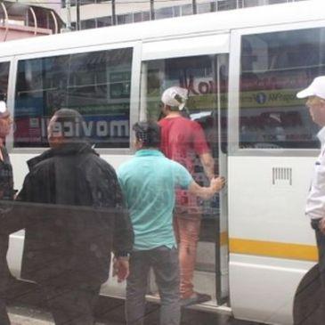 移民局周一拘捕21名无证无劳工卡人士