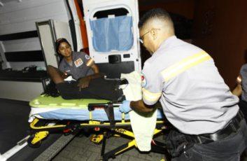 祸不单行 男子刚被车撞仇人又到