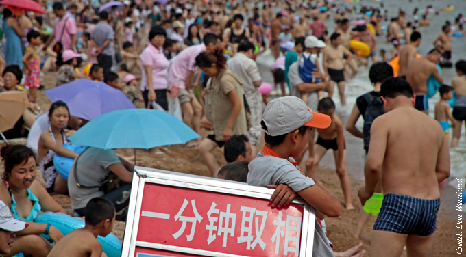 Not-so-happy holidays for Chinese tour groups