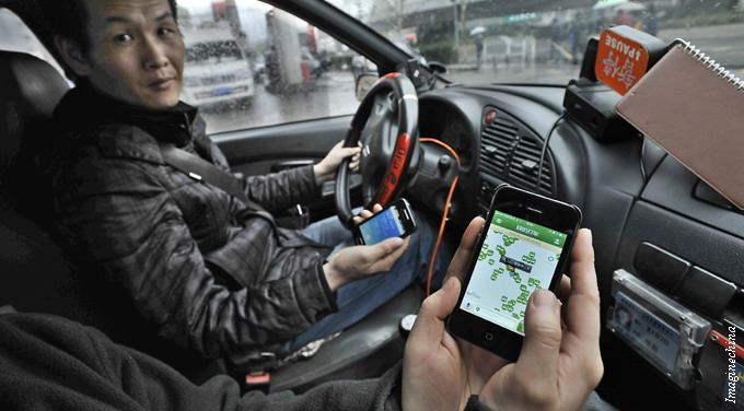 Chinese taxi apps dart past government regulations