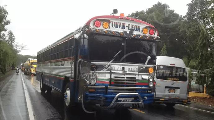 Accidente Chinandega León, Transporte Universitario