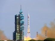 Shenzhou 10 launch