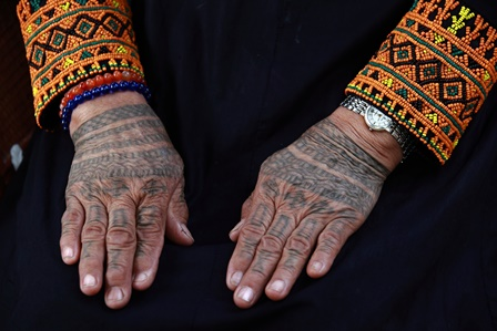 Paiwan hand tattoo. Courtesy of Taiwan Today