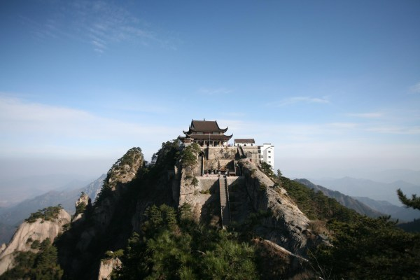 Mount Jiuhua – A Sacred Buddhist Mountain in China – China ...