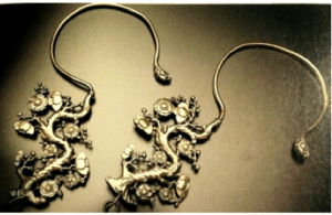 Chinese Export Silver curtain hooks by Da Xing