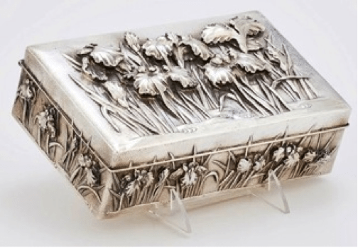 Chinese Export Silver Luen Wo Box Lid Detail