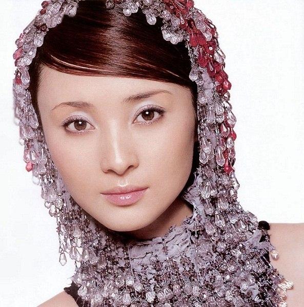 jiang-qinqin-09