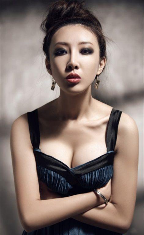 Hou_Qian_Yi_30