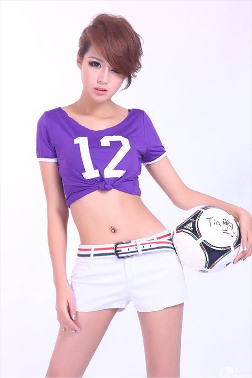 Euro_2012_Babes_61