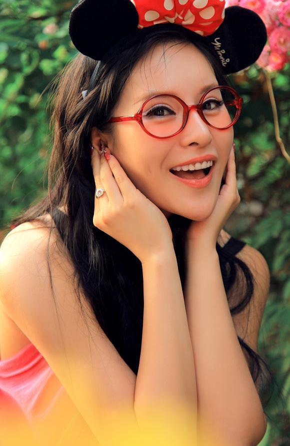 Isabella Yang Qihan II - Chinese Sirens