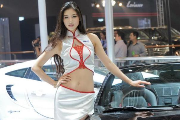 Auto_China_2012_Models_302