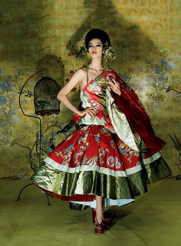 met-gala-costume-exhibit-china-through-the-looking-glass-7