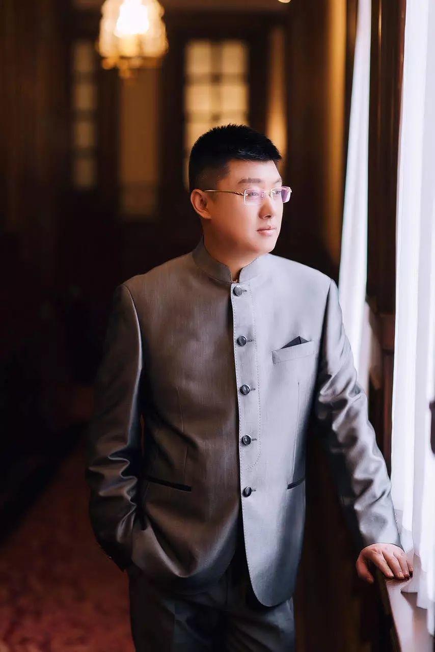 琢见论坛|袁腾飞,一位有争议的历史老师