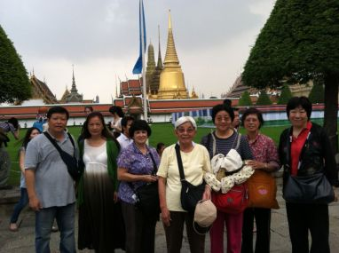 9 Bangkok Royal Palace