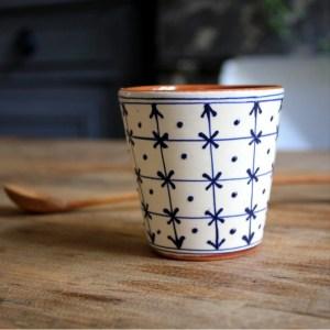 tasse-a-cafe-en-ceramique-croix-blanche4