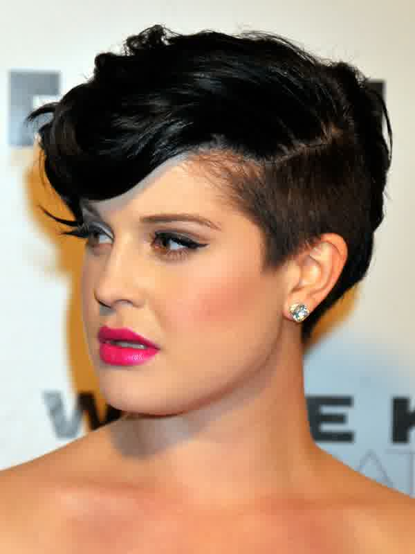 Masculine-Hairstyle-For-Women-With-Edge-Line-2015