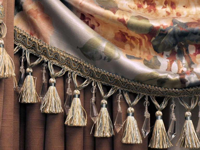 custom-drapes-and blinds