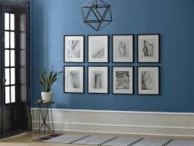 Blue-color-on-the-wall-exudes-tranquility