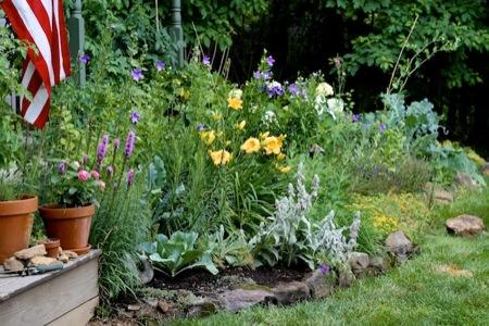Front_Foundation_Garden