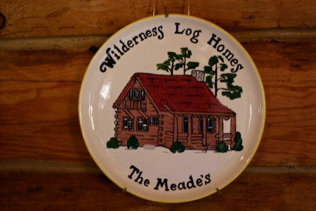log_cabin_plate