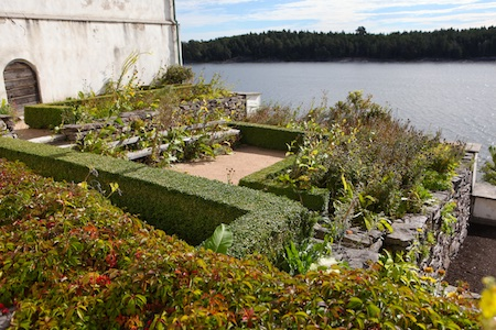 lacko-slatt-upper-garden-9