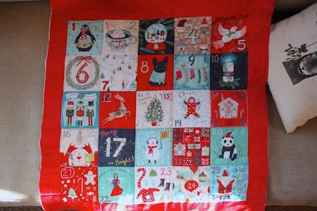 christmas-advent-pillow-4
