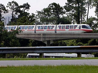 Monorail guide warned of hazard when trains backed up without a spotter